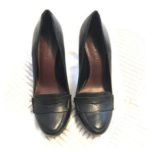 Gianni Bini Black Leather Heels 9M